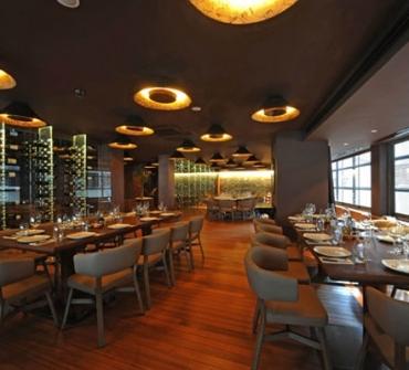 Nusr-Et-steakhouse-in-Dubai