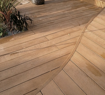 millboard-enhanced-grain-coppered-oak-06